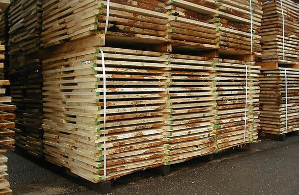 Photo : plateaux dépareillés chêne